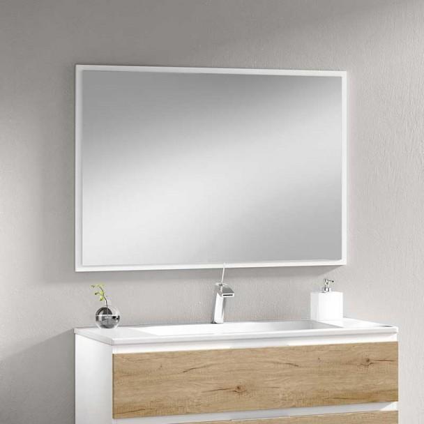Miroir de salle de bain en Italie
